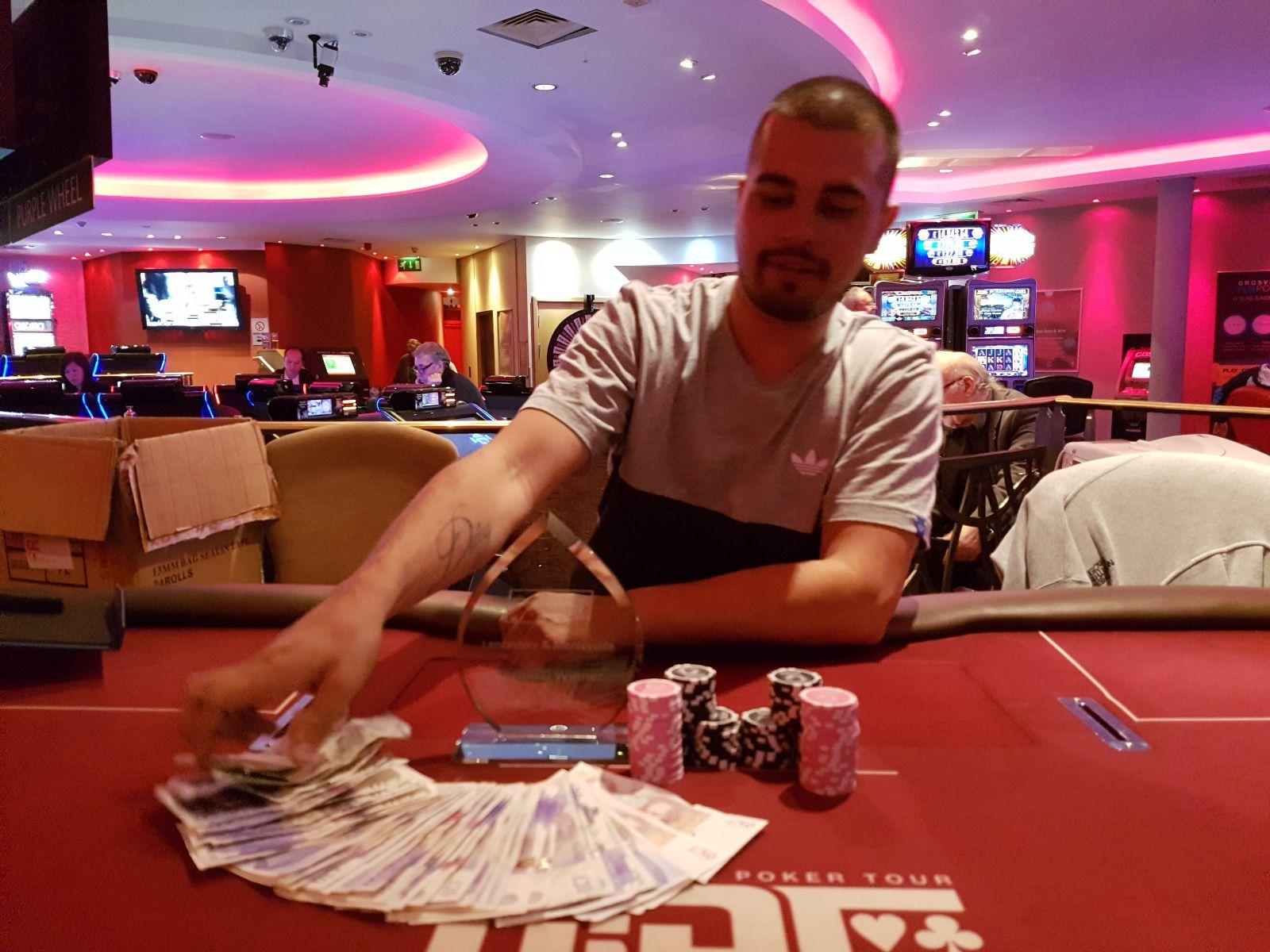 Emoticons poker